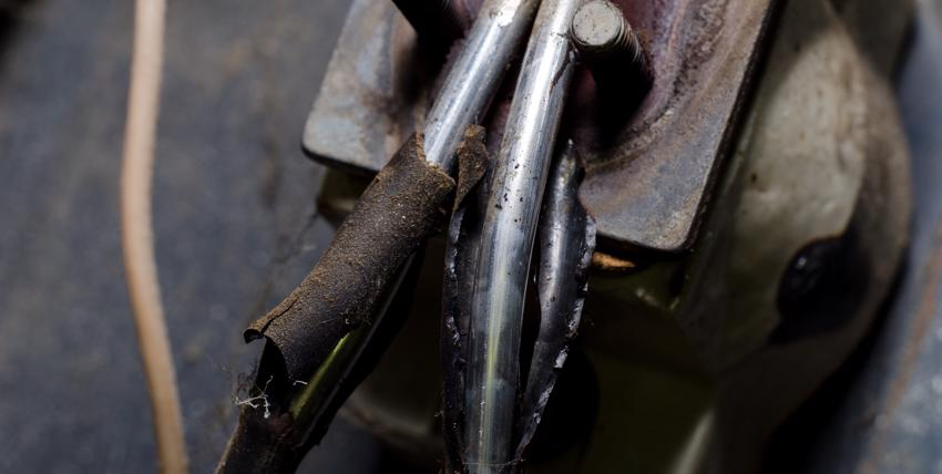 Burned wires from faulty manufacturing.