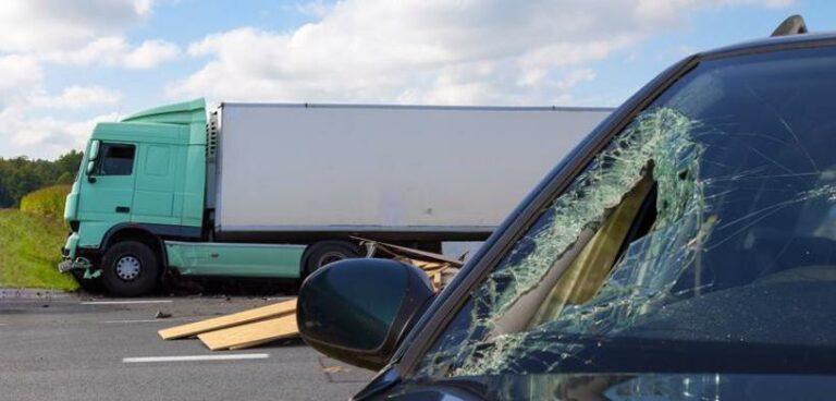 Tractor-Trailer Crash in Bibb County